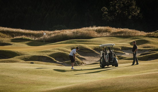 Golf_Getaway_Kinloch_Golf_Club-New_Zealand