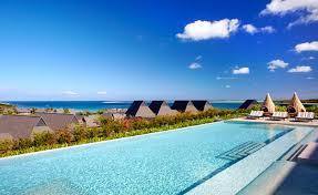 Golf_Getaway_Intercontinental_Fiji_Golf_Resort_&_Spa_Pool_View