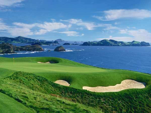 Golf_Getaway_Kauri_Cliffs_7th_Hole